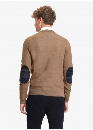 John Barritt man crew neck sweater, slim fit. Double contrast collar, elbow patches and details with fancy yarn, colored embroideries. Color beige. Composition 50% wool 50% acrylic. Medium Brown