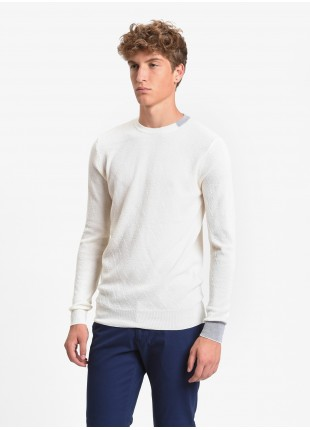 John Barritt man crew neck sweater, slim fit, pure wool yarn. Diamond knitted design, inlay contrast on collar and cuff. Colore old white. Composition 100% wool. White