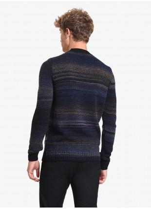 Maglia uomo John Barritt vestibilita slim, girocollo, filato fantasia multicolor. Colore grigio/bianco. Composizione 50% lana 50% acrilico. Nero