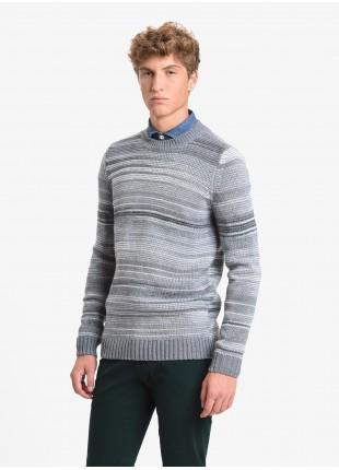 John Barritt man crew neck sweater, slim fit, multicolor fancy yarn. Color grey/white. Composition 50% wool 50% acrylic. Medium Grey Melange