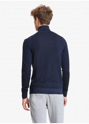 John Barritt man turtle neck sweater, slim fit, pure wool yarn, garment-dyed, color blue. Composition 100% wool. Blue