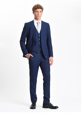 John Barritt man suit, slim fit, two buttons, double vent and amf. Lenght jacket 72 cm. Polyester/viscose stretch fabric. Color blue. Composition 79% polyester 20% viscose 1% elastane. Bluette