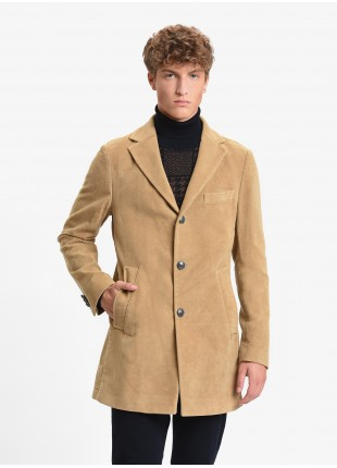 John Barritt man coat, without lining, slim fit, front closure with three buttons, martingale with buttons on back. Moleskin washed fabric, color cammel. Composition 100% cotton. Caramel