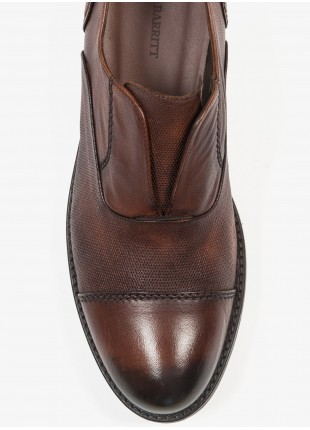 John Barritt man low lace-up french shoes, without shoelace. In real leather, color cognac. Rubber sole. Composition 100% lamb leather. Caramel