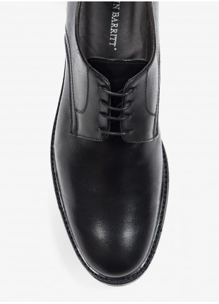 John Barritt man low lace-up shoes, oxford style, in lamb leather, color black. Rubber sole. Composition 100% lamb leather. Nero